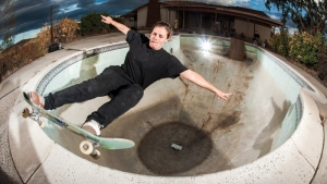 WOMEN IN SKATEBOARDING