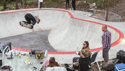 HAVE A GEEZ AT JACKSON PILZ'S BACKYARD BOWL