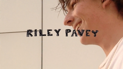 RILEY PAVEY – TABLE MANNERS | VIDEO